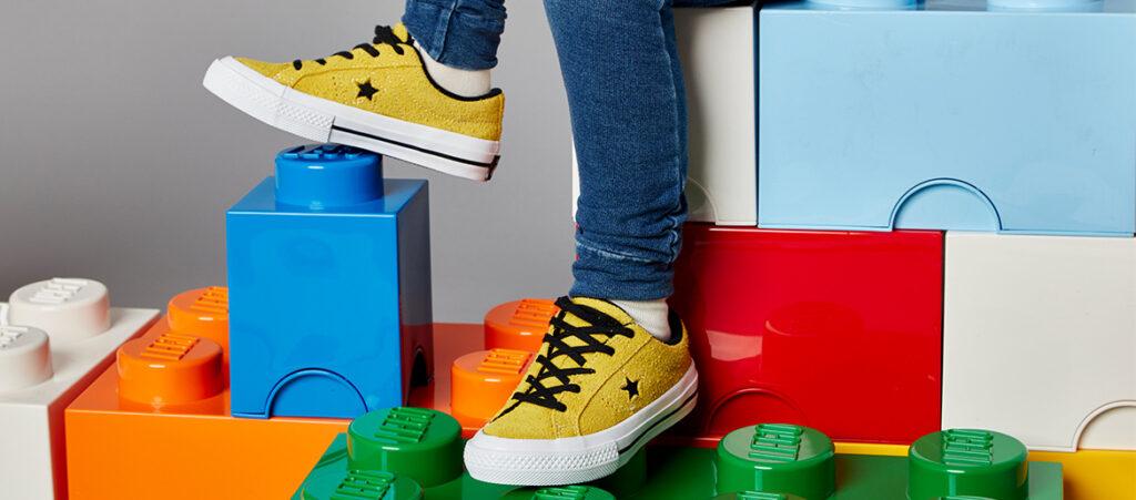 Żółte trampki Converse chłopięce
