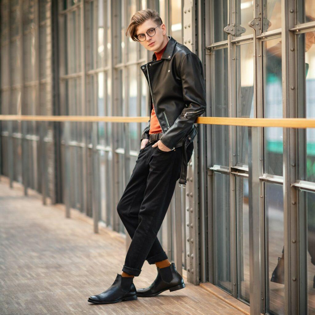 Jak nosić czarne botki? Sprawdzone pomysły na modne