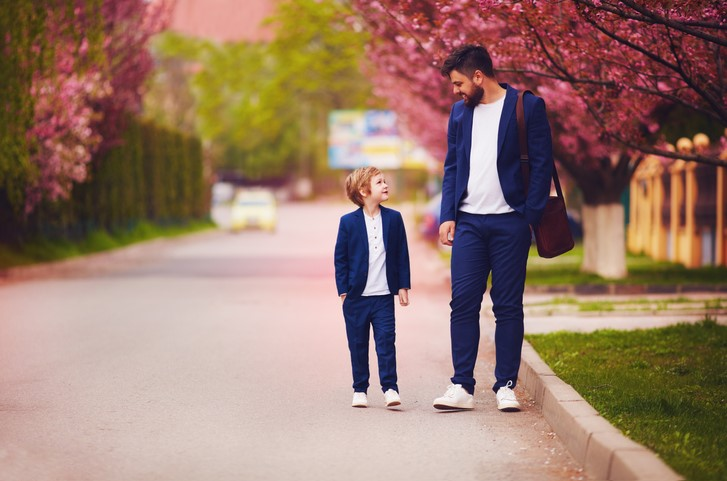 Smart casualowa stylizacja dla ojca i syna