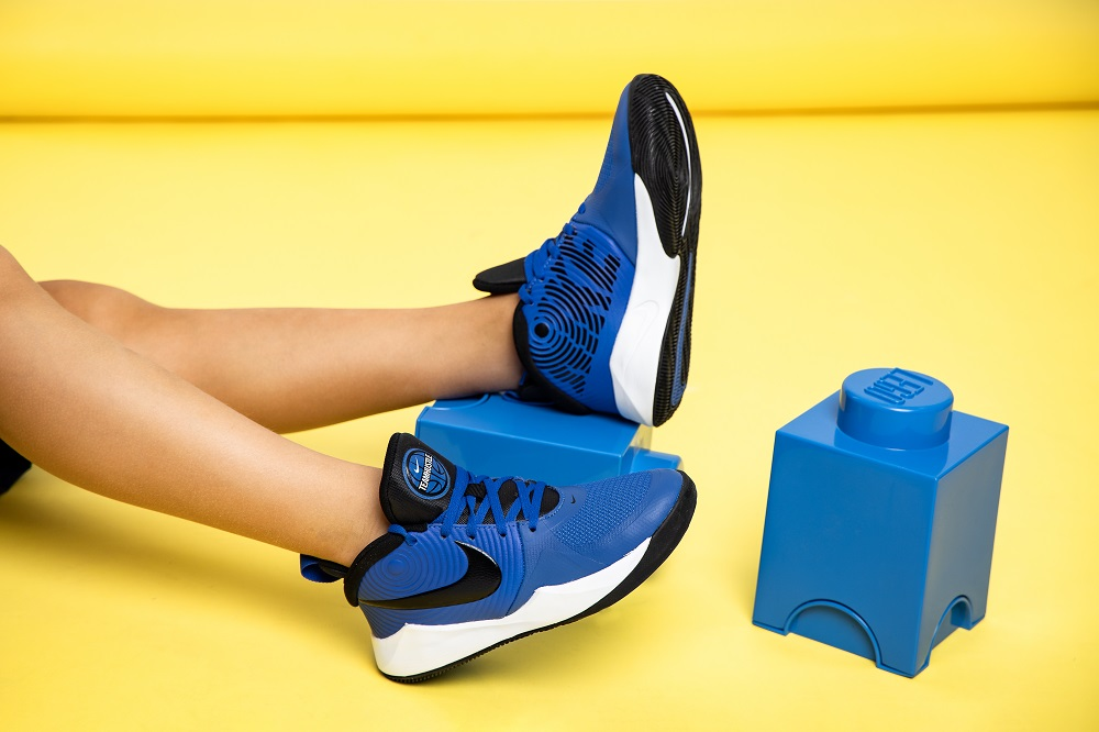 niebieskie buty nike