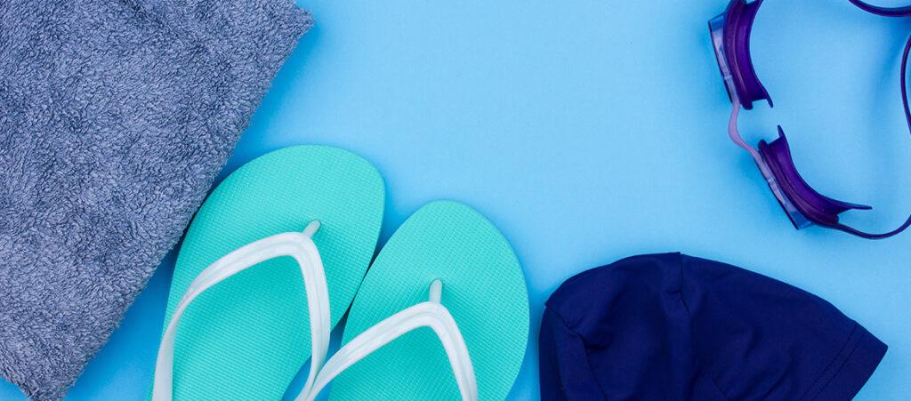 klapki basenowe dla dziecka - na co zwrócić uwagę przy zakupie