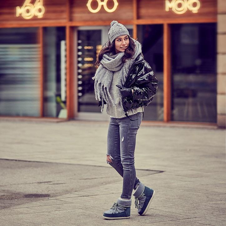buty inuikii szare na modelce stylizacja