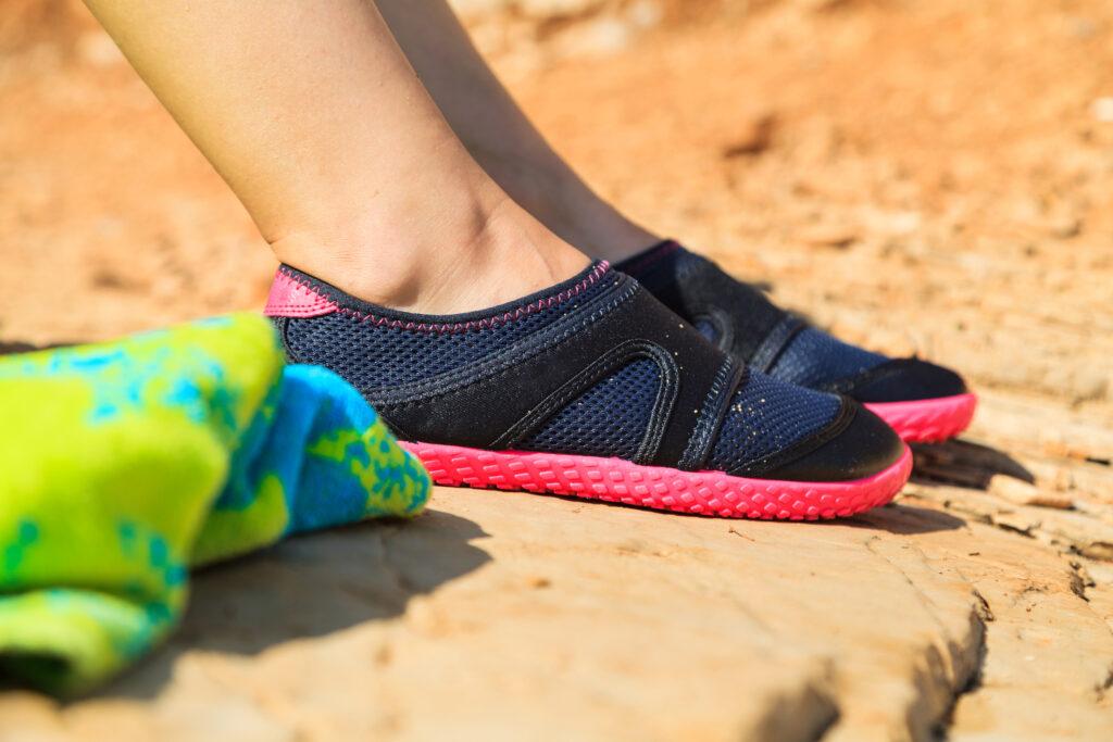 Damskie buty do pływania