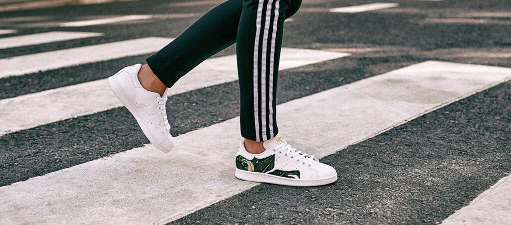 buty z naszywkami