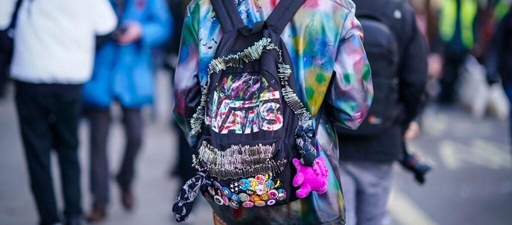 Kolorowy plecak marki Vans