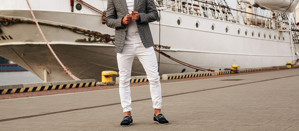 Eleganckie spodnie męskie i mokasyny