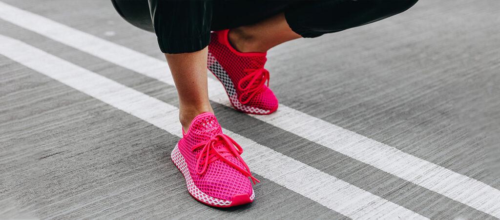 Różowe sneakersy damskie adidas