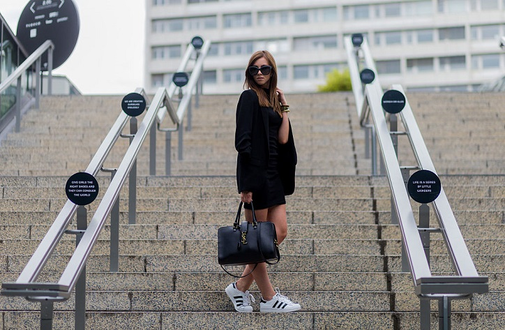 barbora ondrackova w superstarach stylizacja