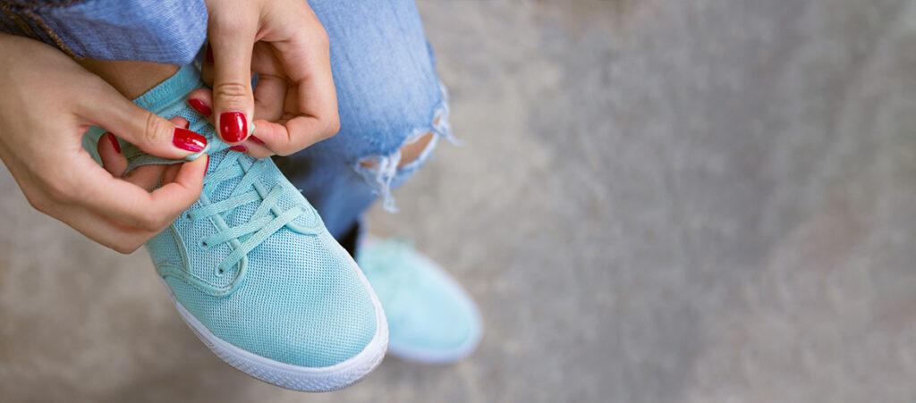 niebieskie buty do czego pasują - inspirujące stylizacje