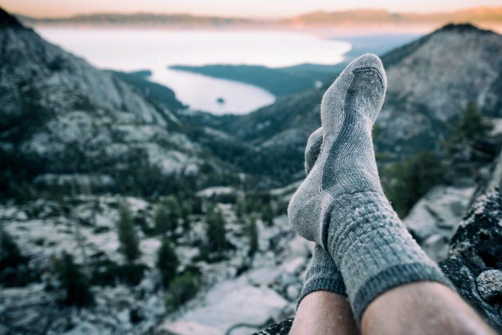 Skarpety trekkingowe z włókien syntetycznych