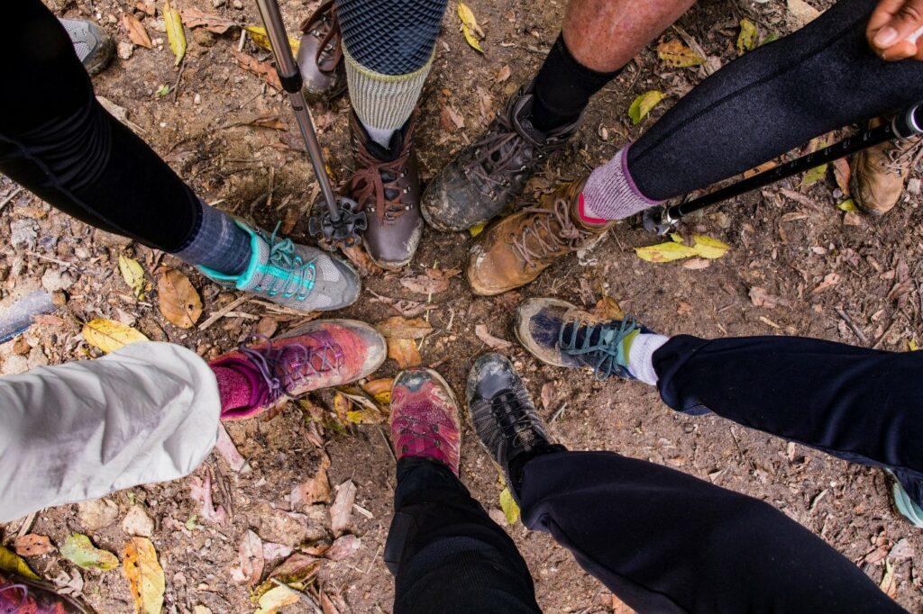 Zabłocone buty trekkingowe