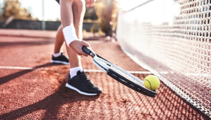 rodzaje butów sportowych - buty do tenisa