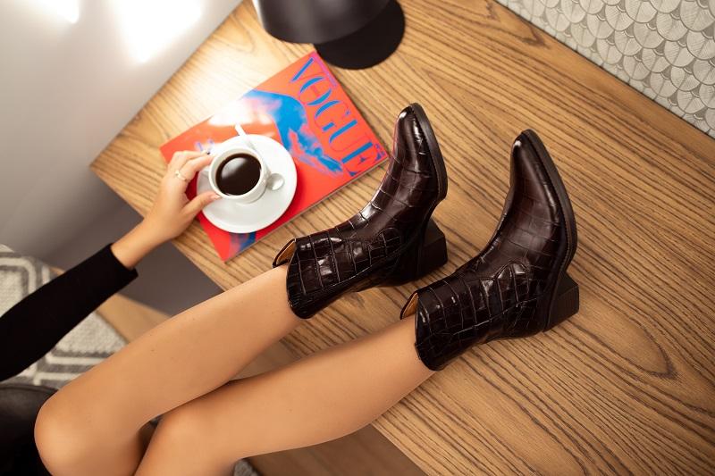 jak dobrać buty do kształtu nóg