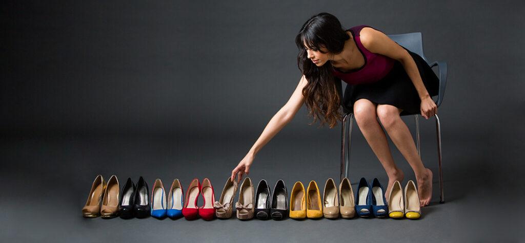kolory szpilek damskich