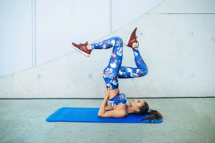 buty damskie na fitness reebok flexagon energy na modelce