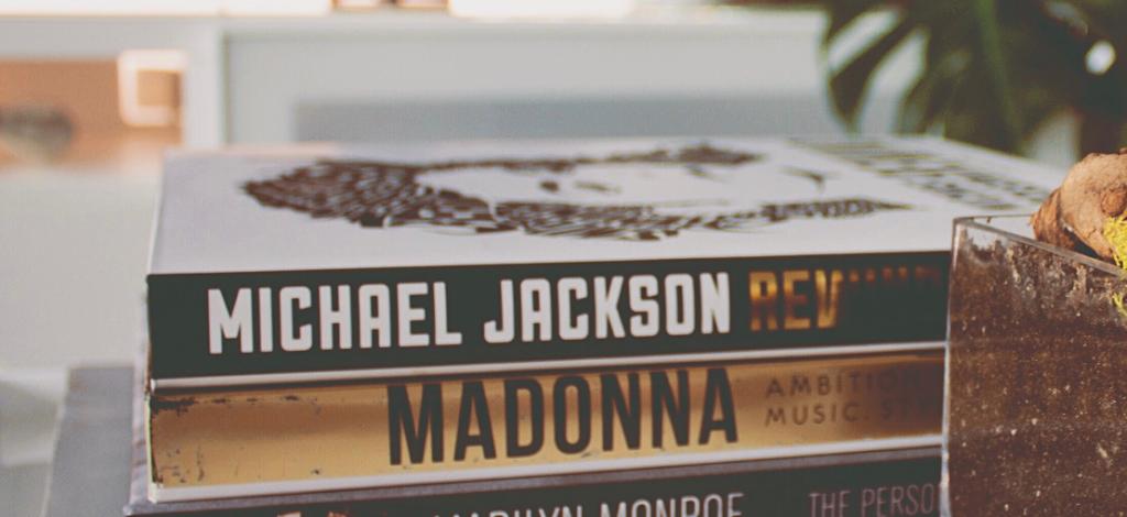 książki o Madonnie i Michaelu Jacksonie