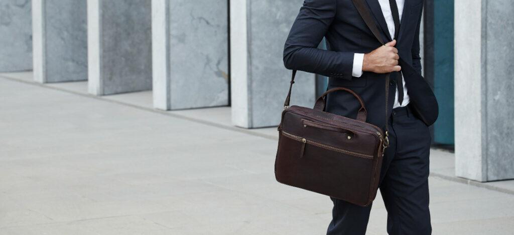 torba na laptopa - jak wybrać najlepszy model