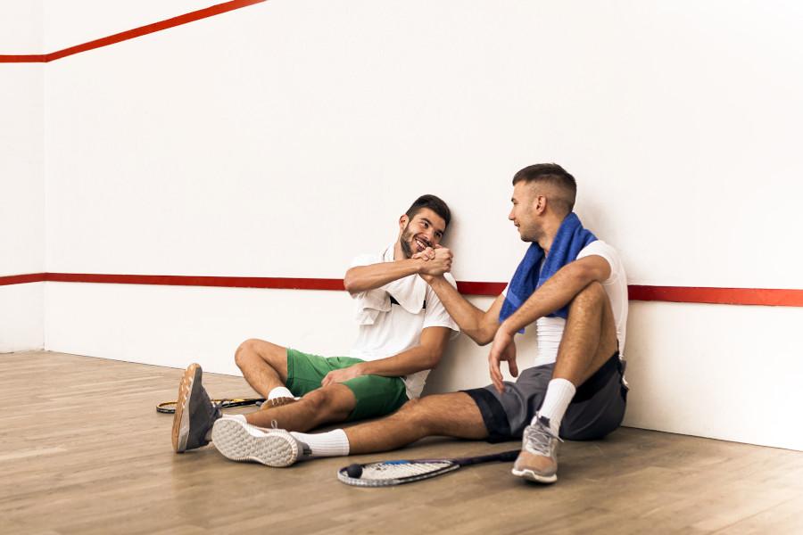 jak grać w squash