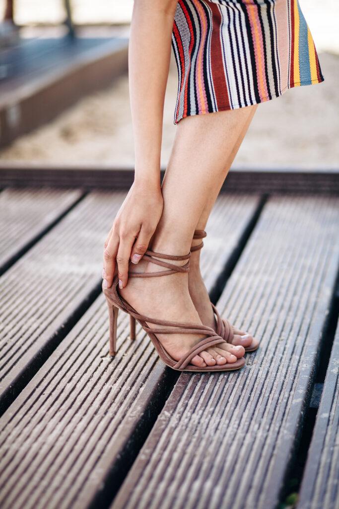 sandały na szpilce