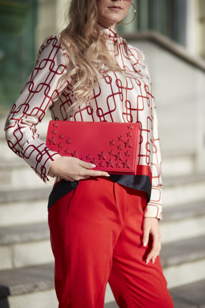 czerwona kopertówka Elisabetta Franchi