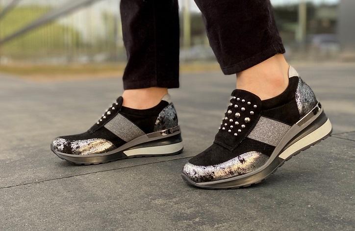 sneakersy damskie quazi czarne metaliczne na nogach