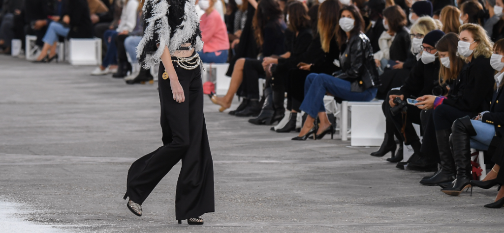 buty na sylwestra 2020 - pokaz Chanel