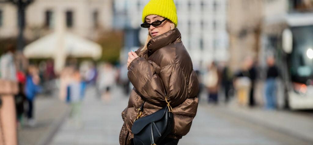 jak nosić kurtkę puchową