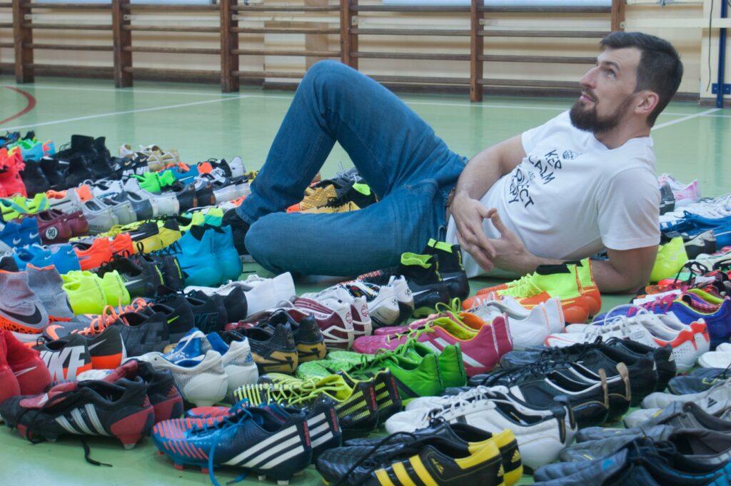 Kolekcja butów piłkarskich Macieja, robi wrażenie na całym świecie