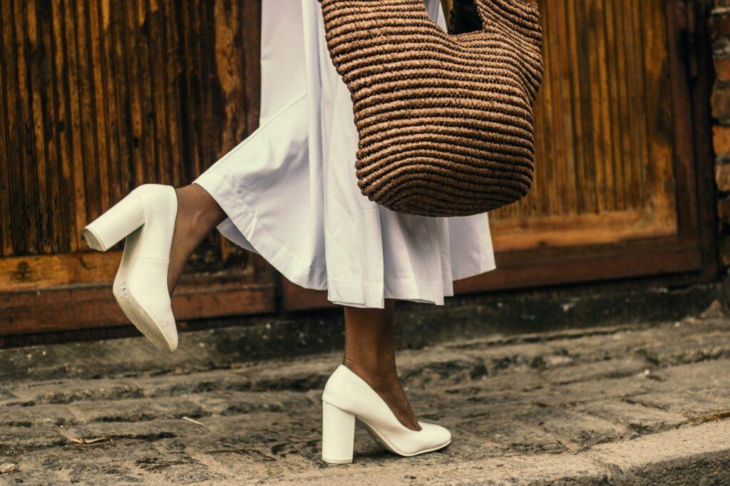 buty do białej sukienki